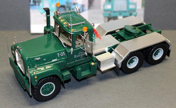 Mack Truck Model Kits : Mack r early east coast american industrial truck